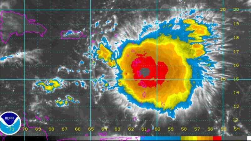 Burza tropikalna Erika na Dominice